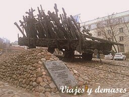 Monumento a los héroes del ghetto de Varsovia