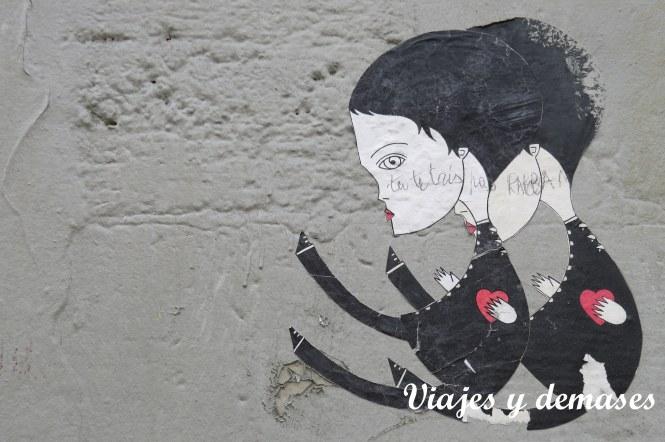 Este o esta artista me gustan mucho. He visto sus dibujos por toooda la ciudad.