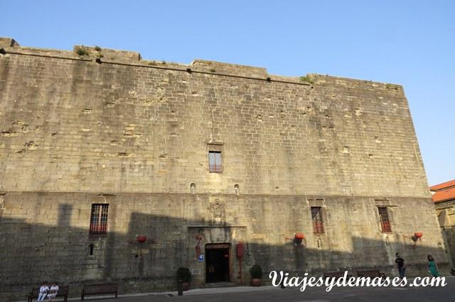 El castillo de Carlos V.