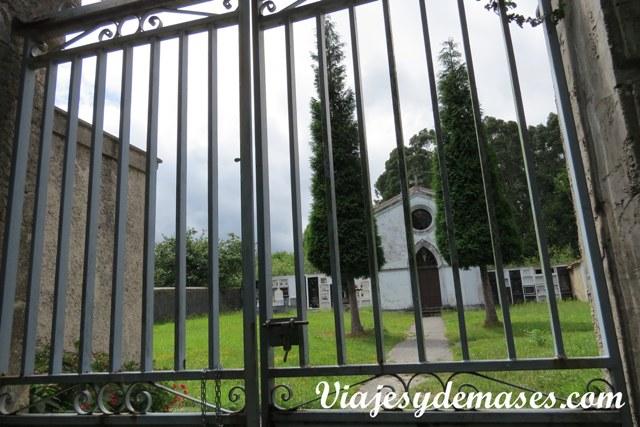 La entrada al cementerio