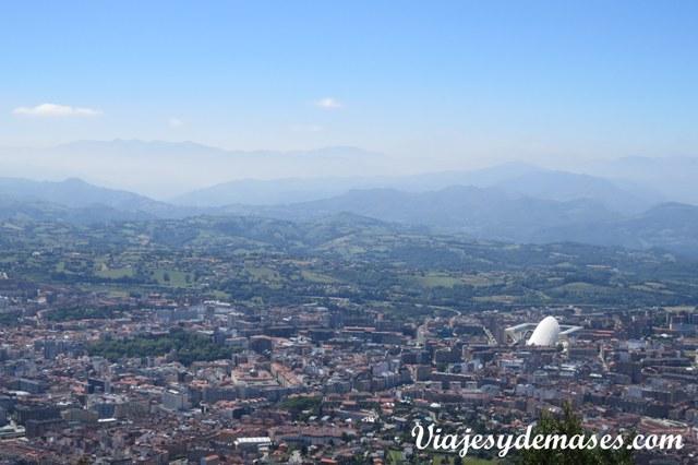 Vista de Oviedo desde el Naranco.