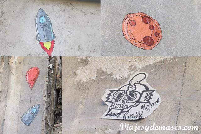Nos sorprendió gratamente no ver grafitis ni rayados en las paredes en el casco antiguo. Lo único que encontramos, fueron estos dibujos pegados en un par de casas abandonadas más alejadas del centro histórico.