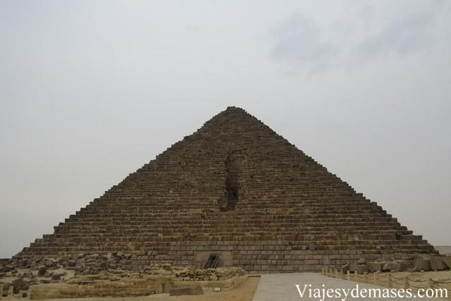 Pirámide de Micerinos, Giza