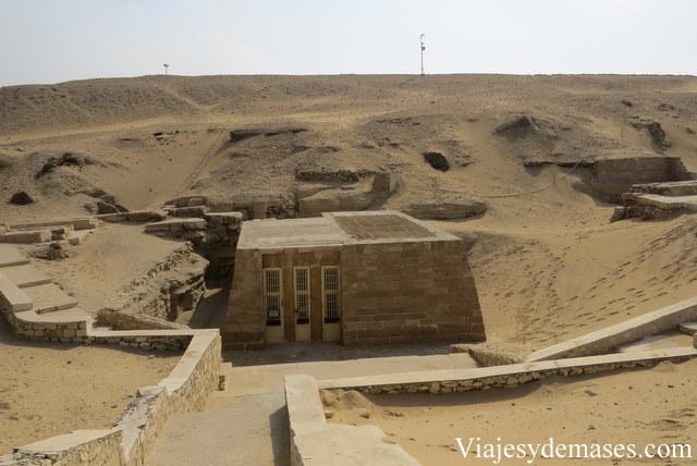 Los objetos encontrados en estas tumbas se encuentran en el Museo del Cairo.