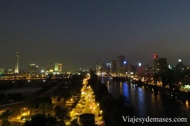Vista de un brazo del Nilo desde un piso 11.