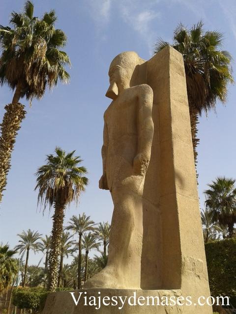 Estatua de Ptah, Memphis, Egipto.