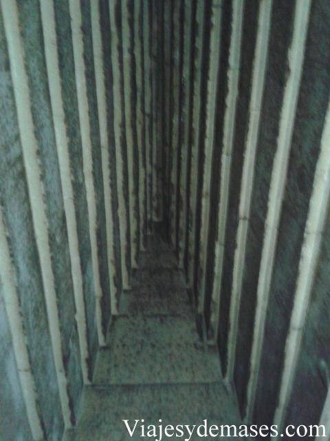 El techo interior de la pirámide.