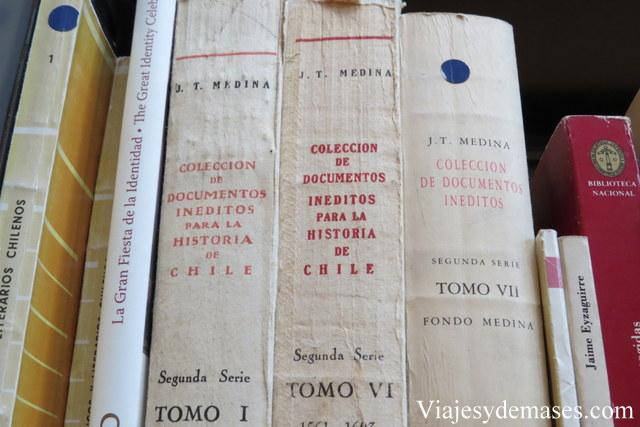 ¡Incluso hay libros de Historia de Chile!