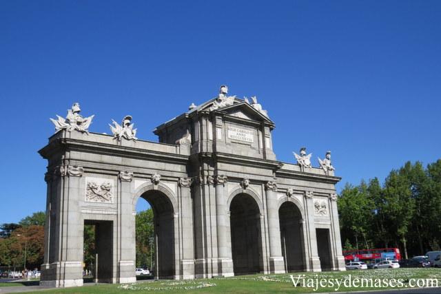 La Puerta de Alcalá.