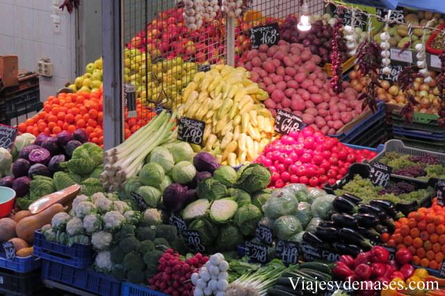 Este mercado tiene todo lo que me gusta comer. Podría vivir en Budapest.