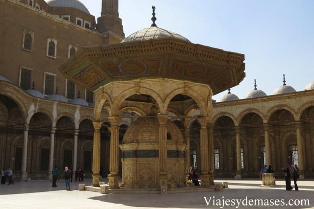El patio interior de la mezquita.