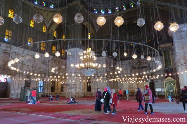 Interior de la mezquita.