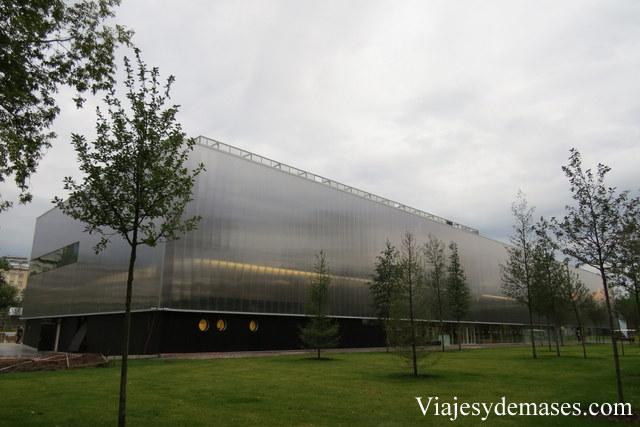 El nuevo edificio.