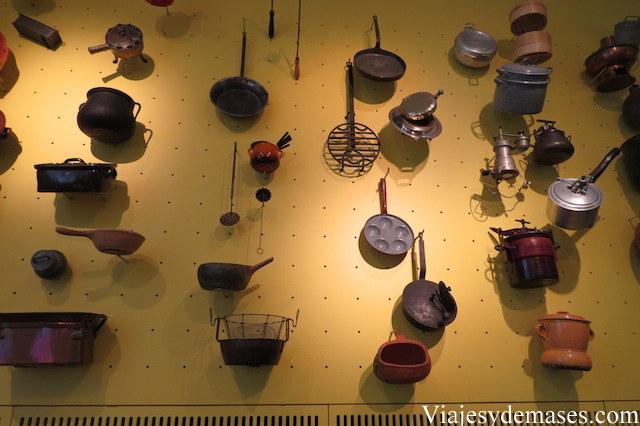 La historia de las ollas y sartenes.