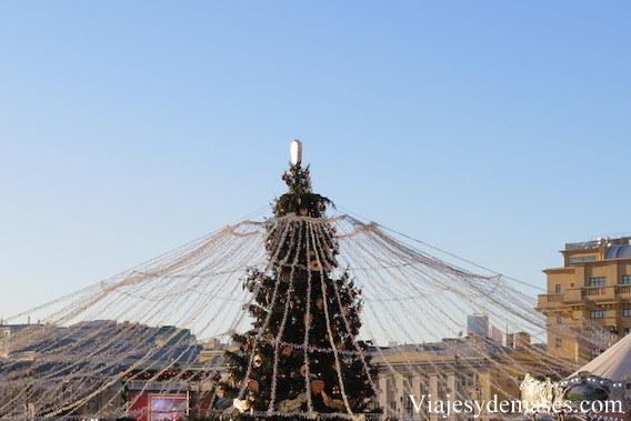 Árbol de Navidad cerca de la Plaza Roja.